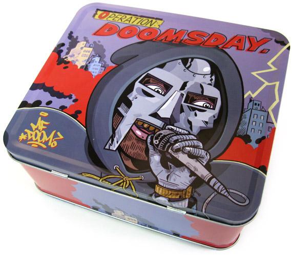 dooooom-lunchbox